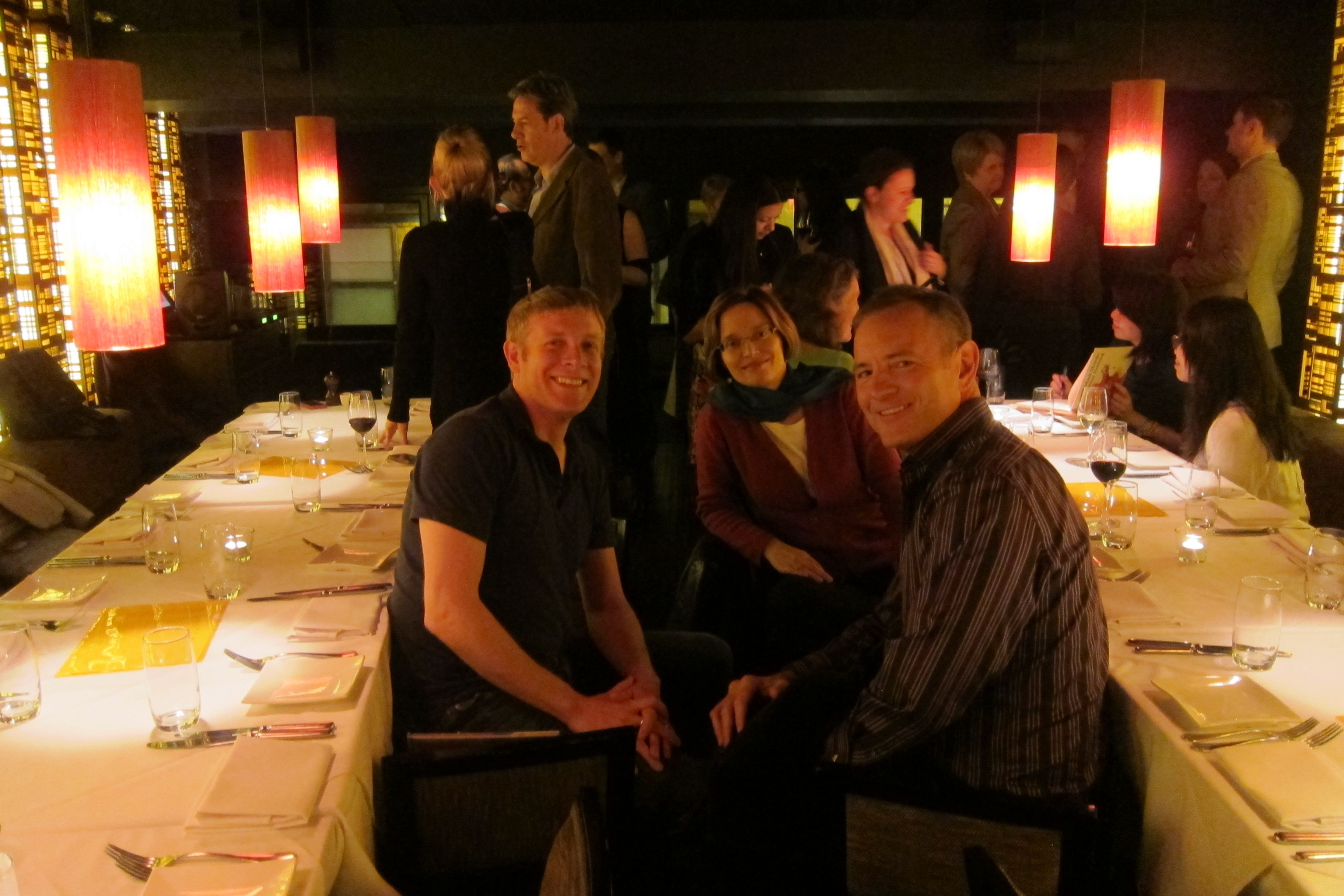 SCBWI HK gathered for a Xmas Social in the private room of 'Vivo' - to chat, enjoy delicious food and drink, laugh and talk about books! A lovely evening!